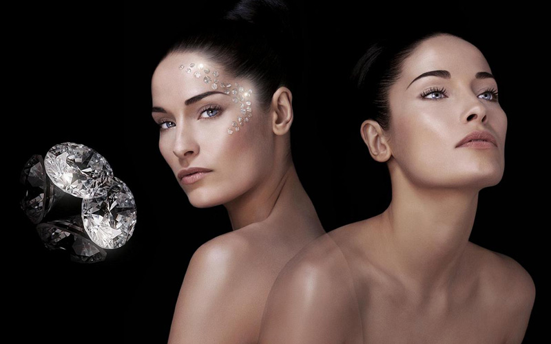 Gemology Cosmetics - Destination Deluxe