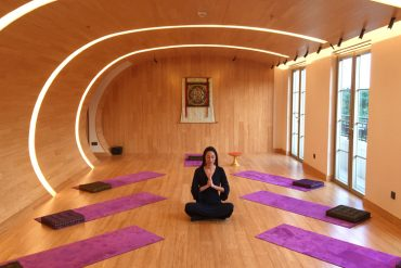 Fivelements Hong Kong Yoga Vivienne Tang - Destination Deluxe