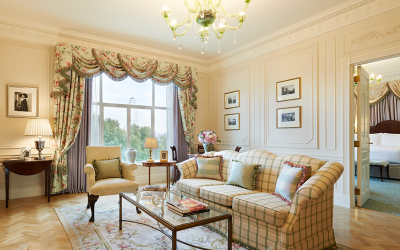 The Savoy Bedroom - Destination Deluxe