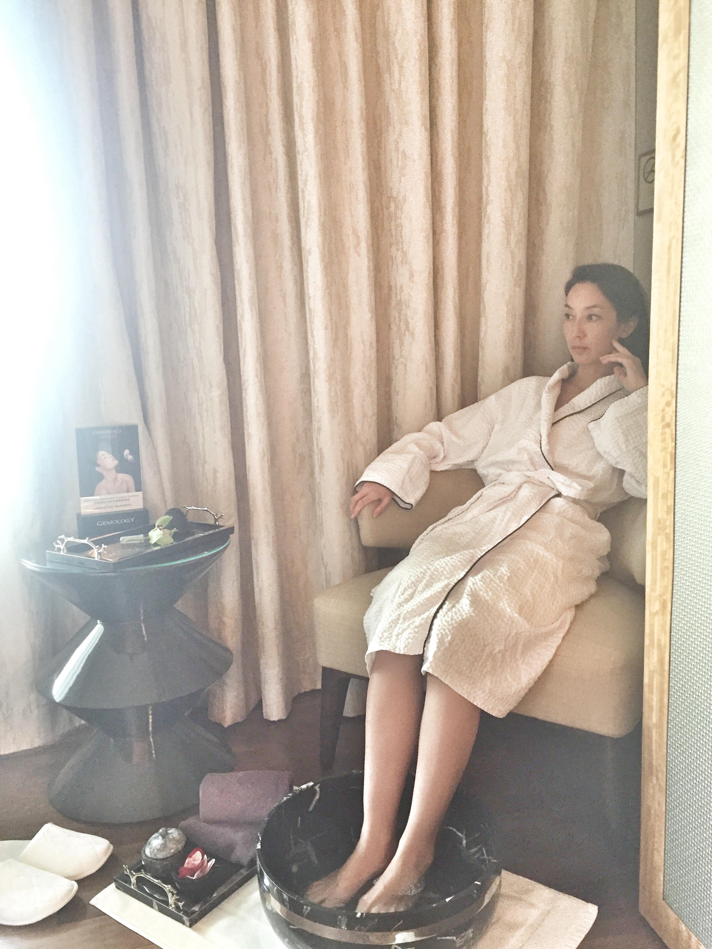 Vivienne Tang Gemology Cosmetics Iridium Spa St Regis Macao - Destination Deluxe