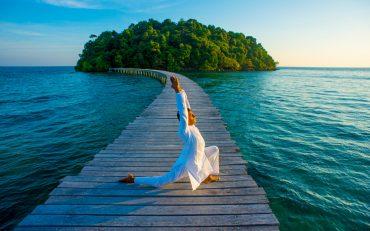 Yoga Retreat Song Saa - Destination Deluxe