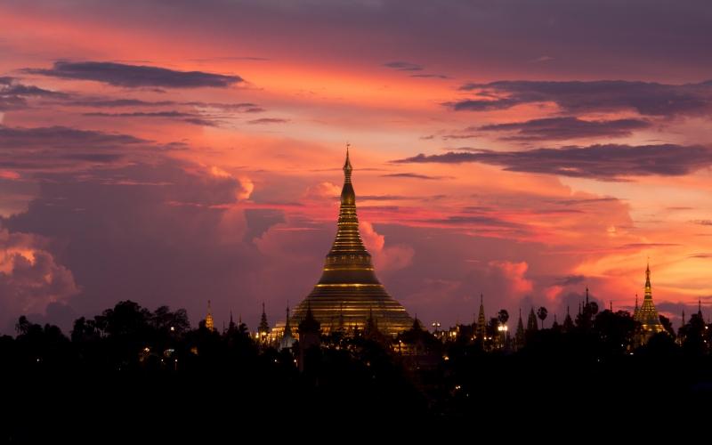 Yoga Retreat Myanmar - Destination Deluxe