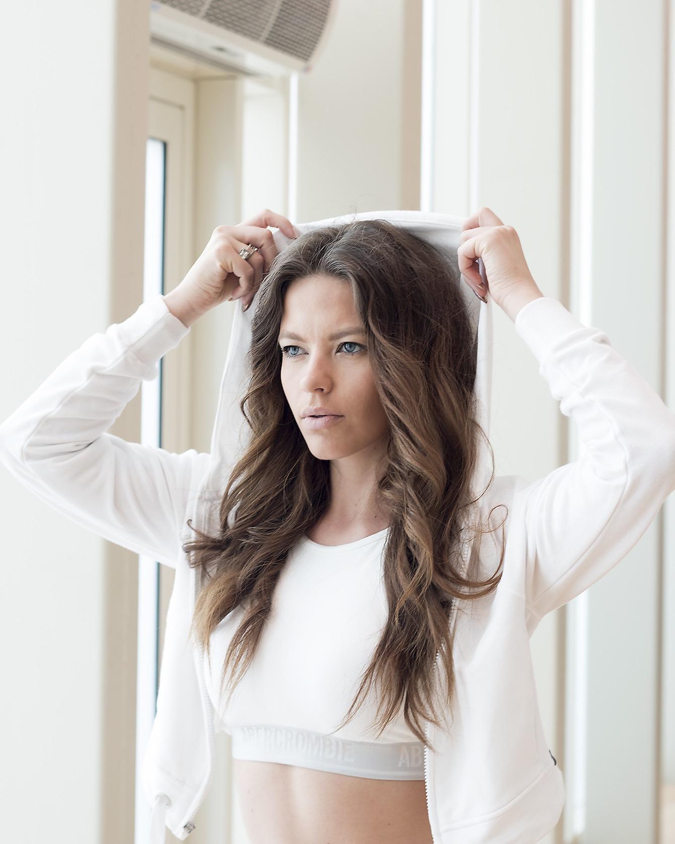 Holistic Nutritionist Fitness Expert Helena Oun - Destination Deluxe