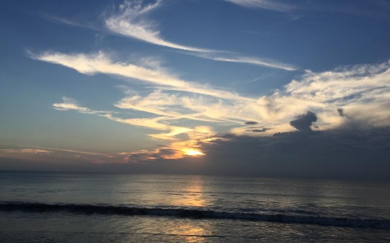 Belmond Jimbaran Puri Bali Ocean Beach - Destination Deluxe