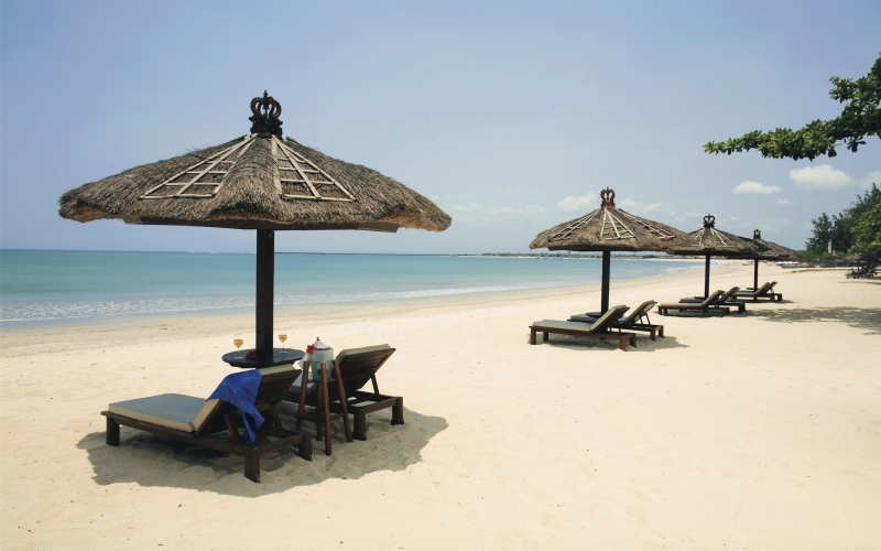 Belmond Jimbaran Puri Beach Bali - Destination Deluxe