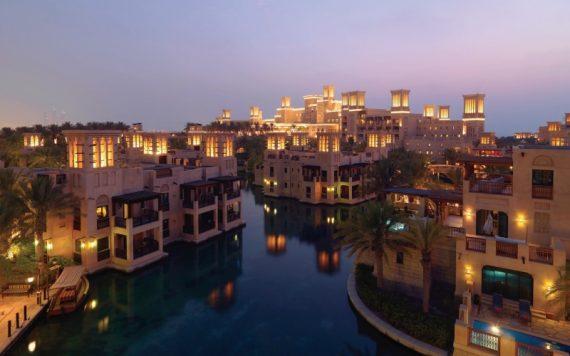 Dar Al Masyaf Madinat Jumeirah Dubai at Night - Destination Deluxe