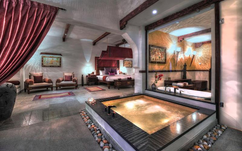Kamalapura Palace Hampi India - Destination Deluxe