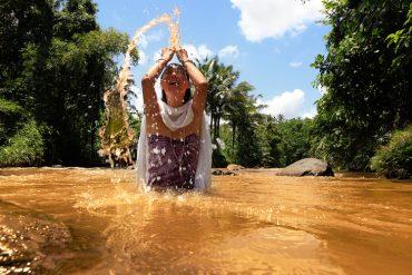 Women in Bali Bruna Rotunno - Destination Deluxe