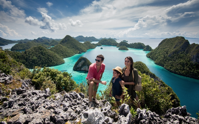Sequoia Yacht Coral Triangle Safaris Raja Ampat - Destination Deluxe