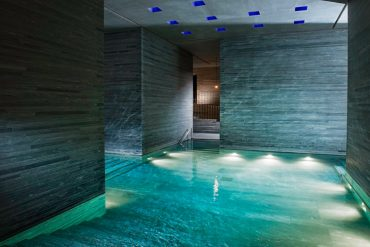 Therme Vals 7132 Thermal Bath - Destination Deluxe