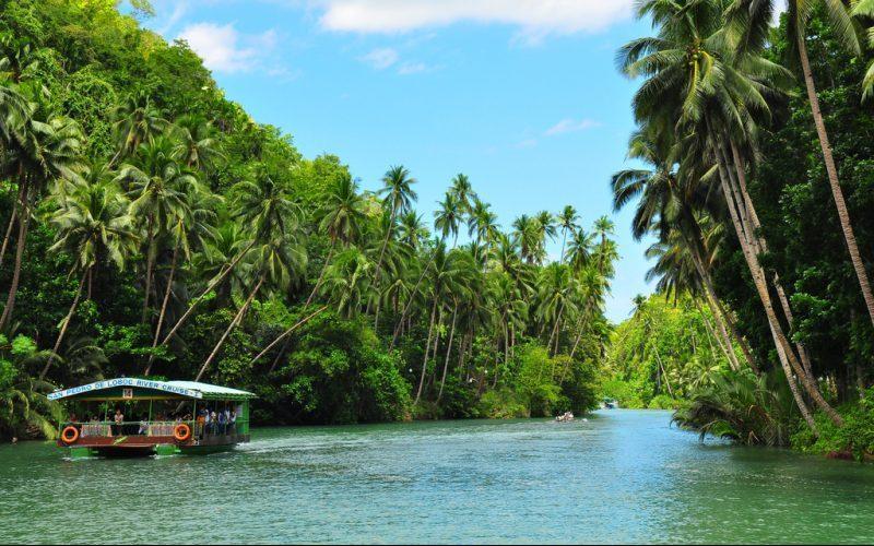 River Cruising Bohol - Destination Deluxe