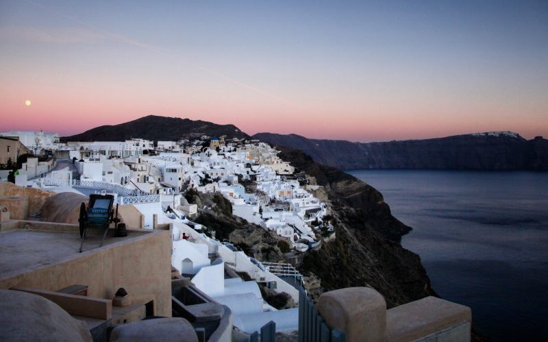 Santorini Travel Guide Hike Fira to Oia - Destination Deluxe