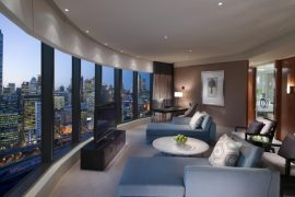 Crown Towers Melbourne - Destination Deluxe