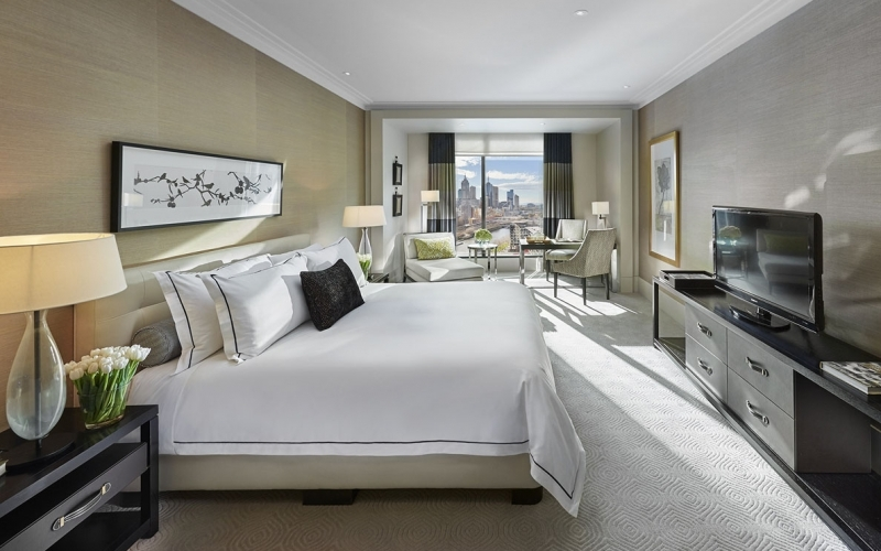 Crown Towers Melbourne Hotel - Destination Deluxe