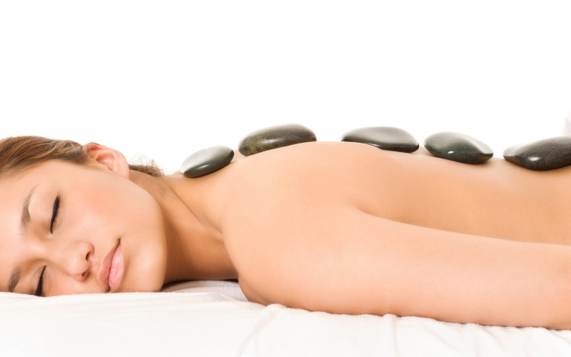Hot Stone Massage - Destination Deluxe