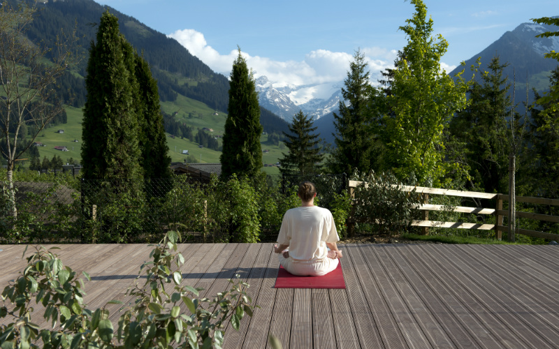 Alpina Gstaad Yoga Wellness - Destination Deluxe