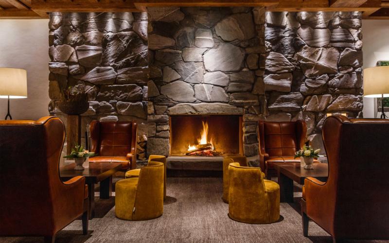 Alpina Gstaad_Lobby - Destination Deluxe