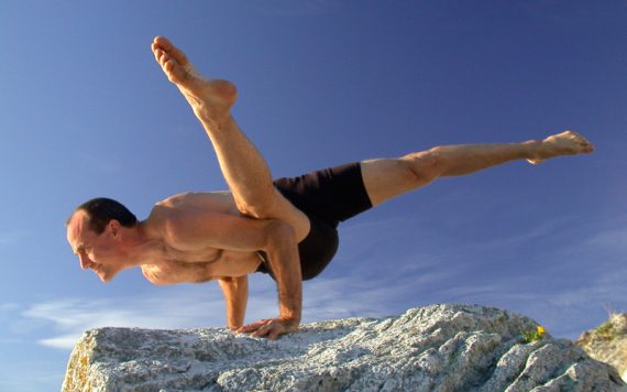 David Swenson Ashtanga Yoga Sideways Crow - Destination Deluxe