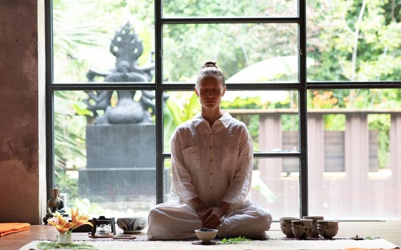 Tea Ceremony Meditation Baelyn Elspeth - Destination Deluxe