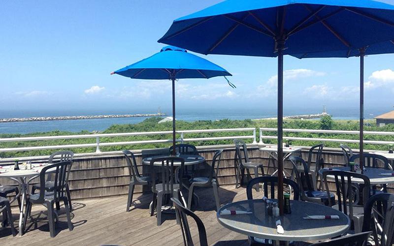 Inlet Seafood Restaurant - Destination Deluxe