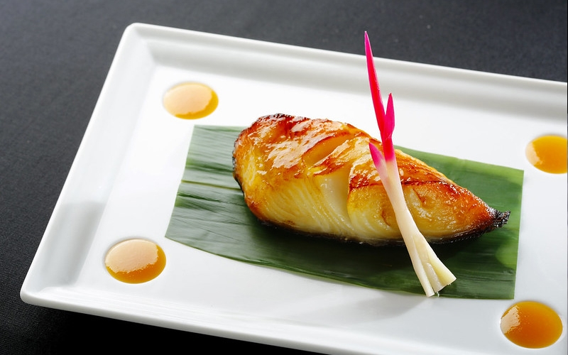Japanese Cuisine Chef - Destination Deluxe