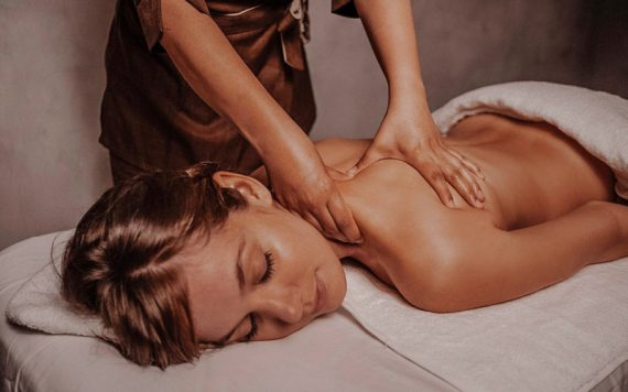 Spa Wellness Luxury - Destination Deluxe