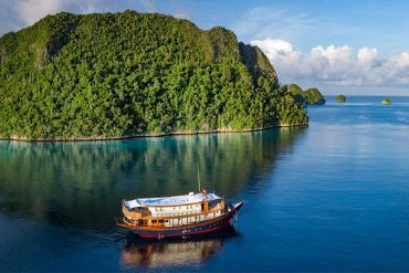 Raja-Ampat-Rascal-Voyages-Retreat-Mary-Tilson-Destination-Deluxe