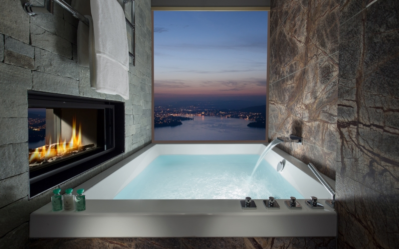 Bürgenstock Bathtub - Destination Deluxe_