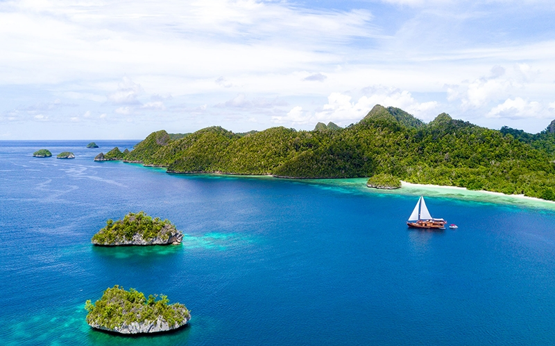 Revivo Retreat Raja Ampat - Destination Deluxe
