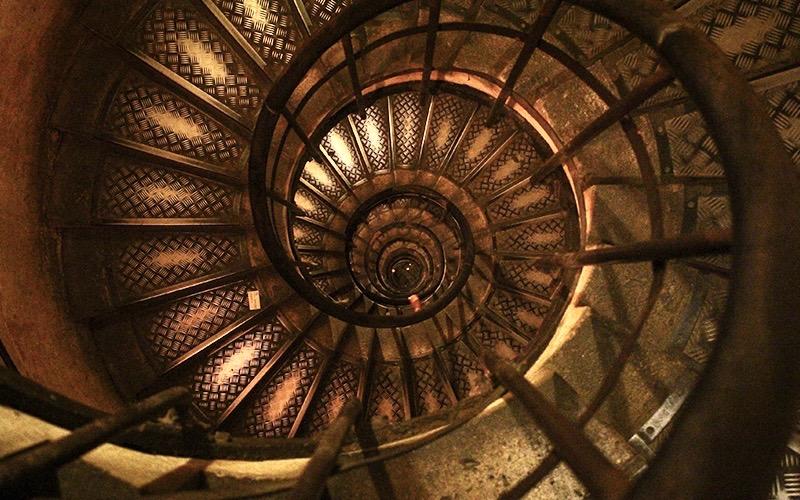 Fibonacci Spiral Sacred Geometry - Destination Deluxe