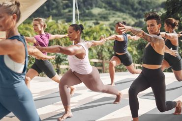 Ahtleta Sustainable Activewear - Destination Deluxe
