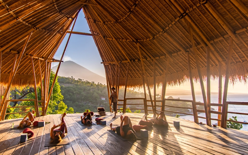 Blue Earth Village Bali Yoga Studio - Destination Deluxe