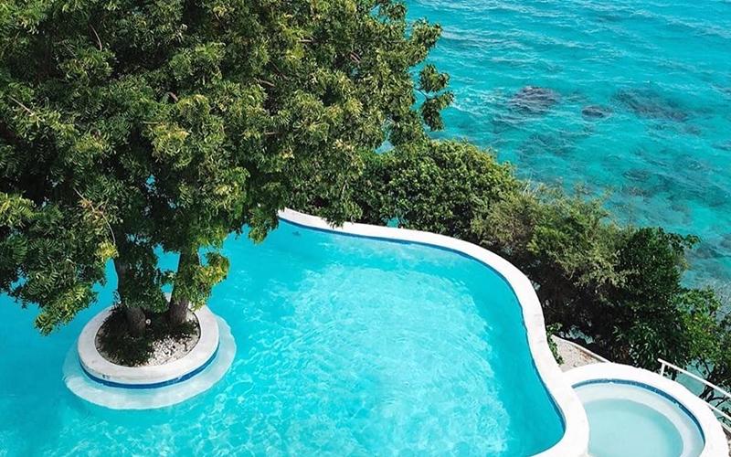 Bluewater Sumilon Private Island - Destination Deluxe