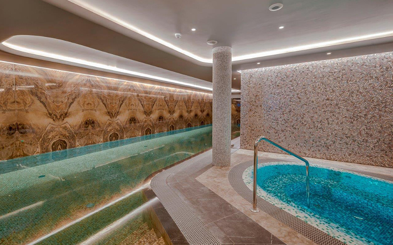 Hedonic Spa, Grand Poet Hotel - Destination Deluxe