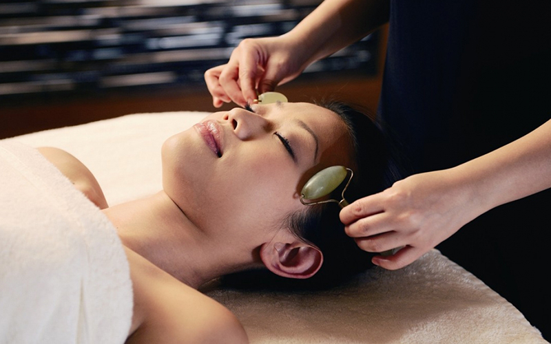 Traditional Chinese Therapy Mandarin Oriental Hong Kong - Destination Deluxe