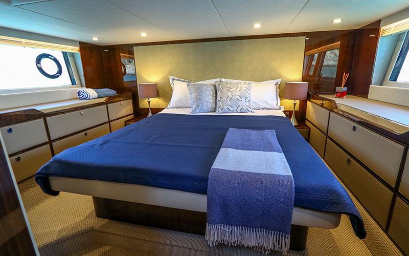 Fairline Yachts - Destination Deluxe