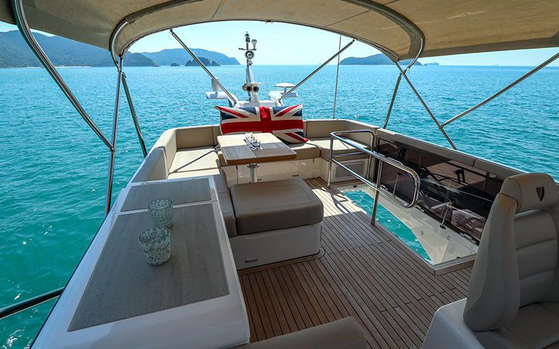 Fairline Yachts Flybridge Simpson Marine - Destination Deluxe
