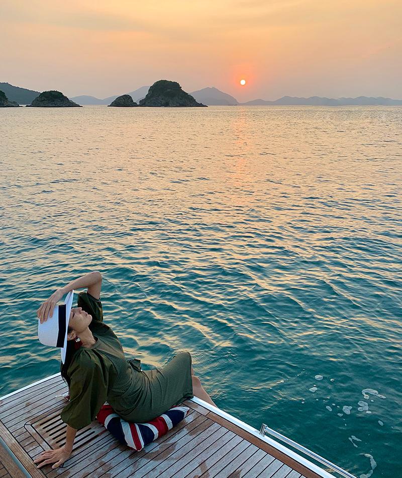 Fairline Yachts Simpson Marine Vivienne Tang - Destination Deluxe
