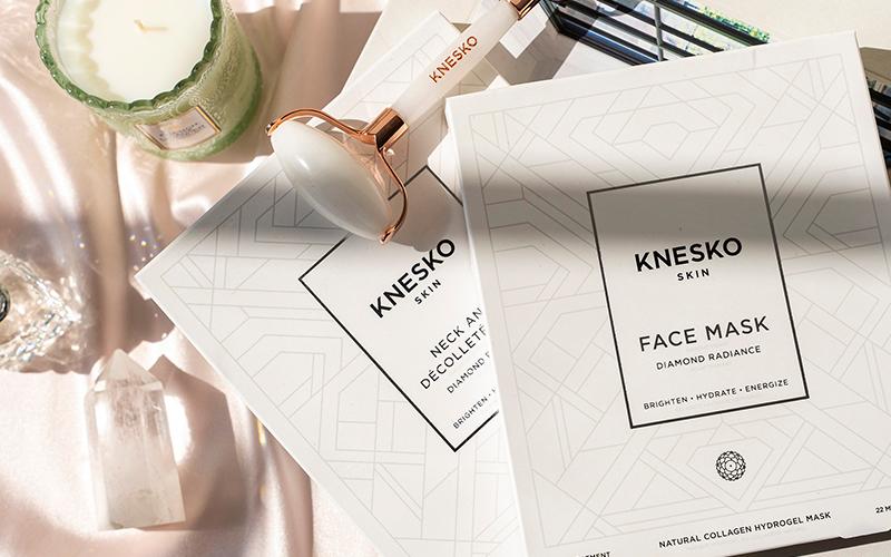 Knesko Face Mask - Destination Deluxe