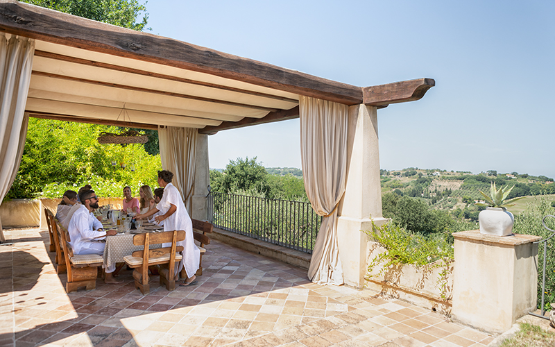 Oliveto Estate Family Vacation - Destination Deluxe