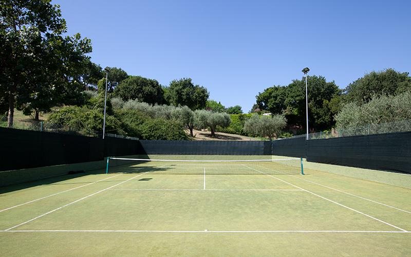 Oliveto Estate Tennis Court - Destination Deluxe