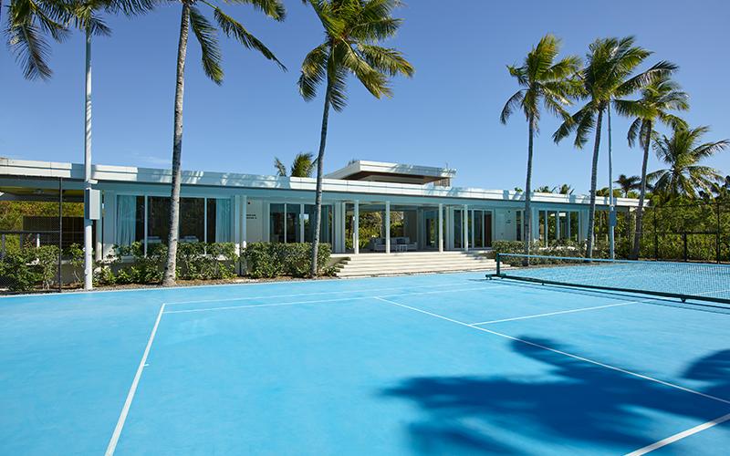 Banwa Private Island Tennis - Destination Deluxe
