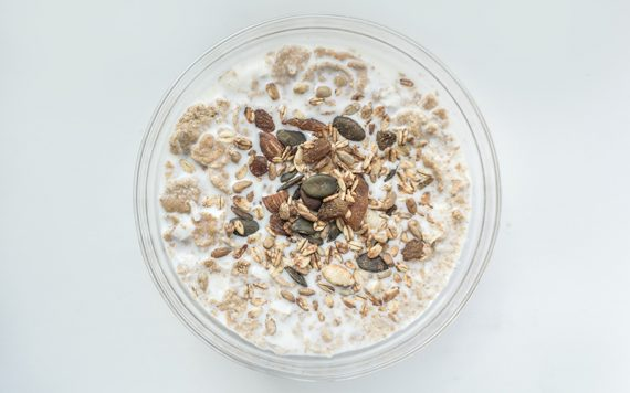 Benefits of Oatmeal Nutrients - Destination Deluxe