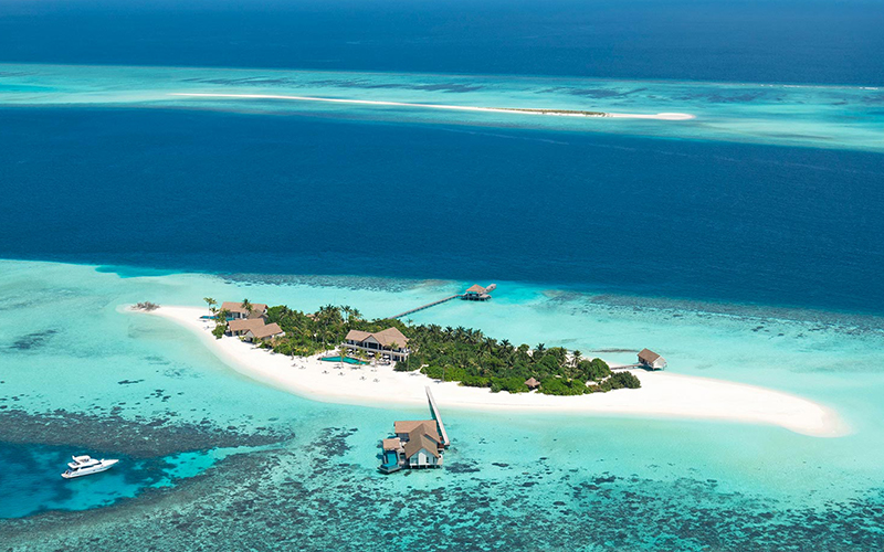 Four Seasons Voavah Private Island Resorts - Destination Deluxe