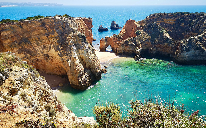 Voyemo Luxury Travel Agency Next Vacation Portugal - Destination Deluxe
