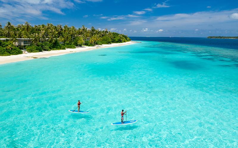 Amilla Maldives Paddelboarding - Destination Deluxe