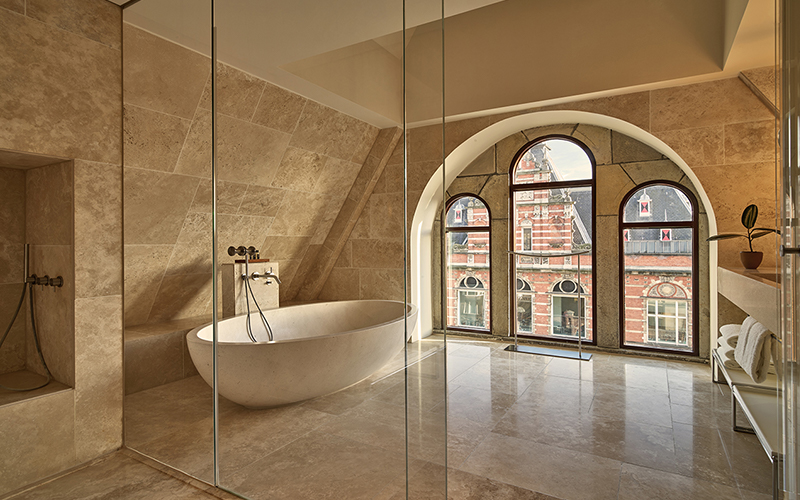 Conservatorium Beautiful Bathtubs - Destination Deluxe