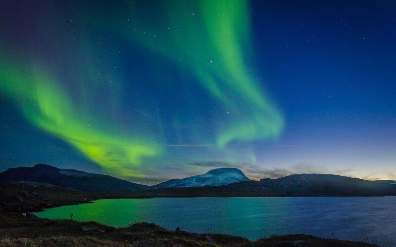 Northern Lights Sweden Honeymoon Destinations - Destination Deluxe