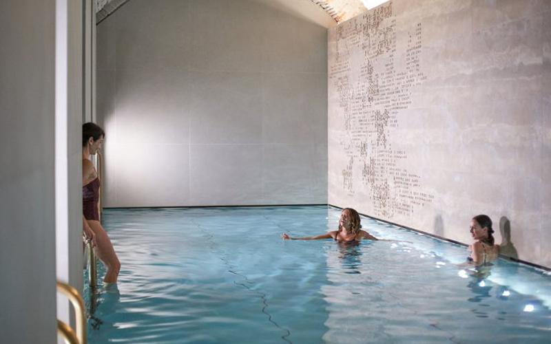 Four Seasons Milan Spa Pool - Destination Deluxe